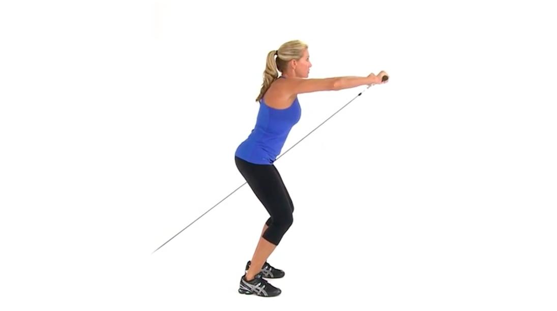 schouderoefening cable front raise spierentrainingnl